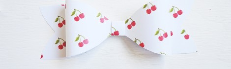 {Paper Bow} Tutorial and Free Printable Paper